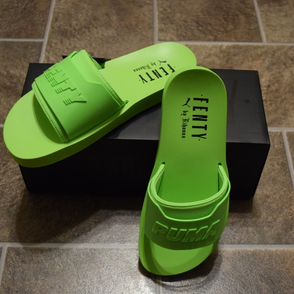factory authentic ec8ab 57f17 Puma x Fenty Surf Slide Neon Green Sandal NWT